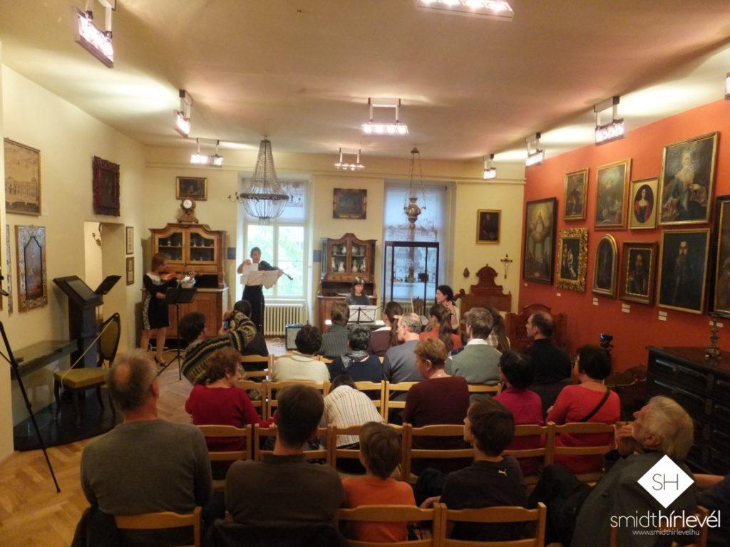 A program zárásaként a Quattro Vivace kamaraegyüttes koncertjét hallgathatták meg az érdeklődők a múzeum barokk termében (Fotó: Smidt Hírlevél)