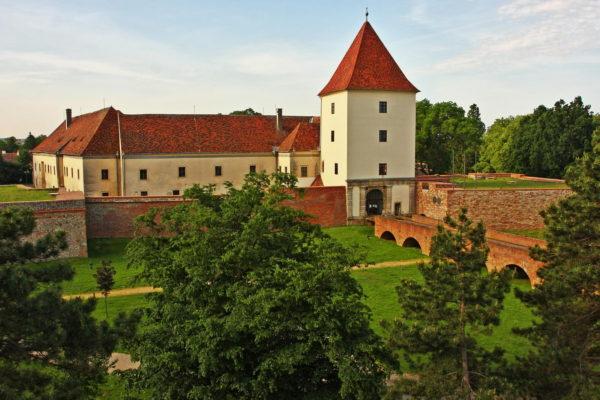Nádasdy-vár, Sárvár -Időnként Báthori Erzsébet is elkísérte férjét sárvári birtokaira. (Forrás: egykor.hu)