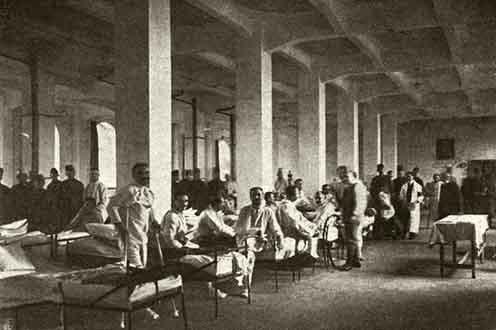 Képünk illusztráció. Az egyik fővárosi kórház terme, 1916 körül. (Forrás: keptar.oszk.hu)