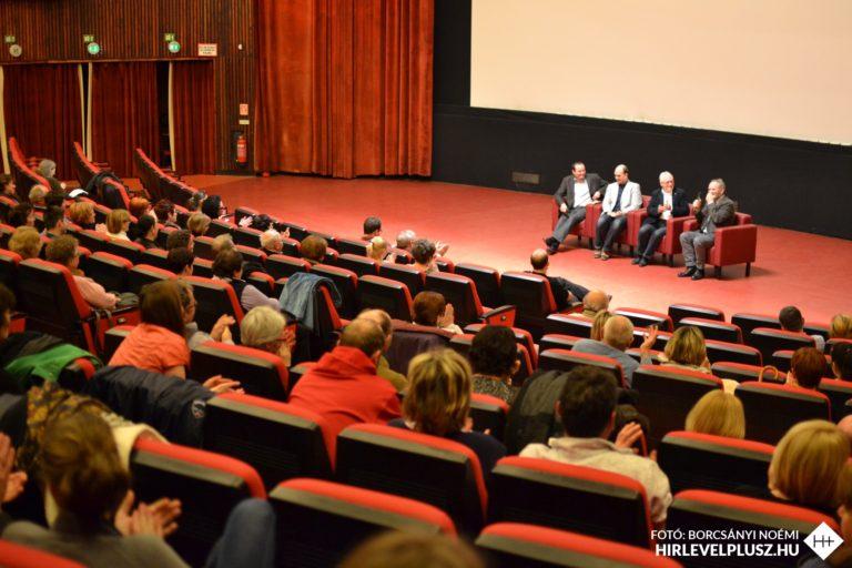 Bemutatták a Fűzfa Balázsról szóló filmet a Savaria Moziban