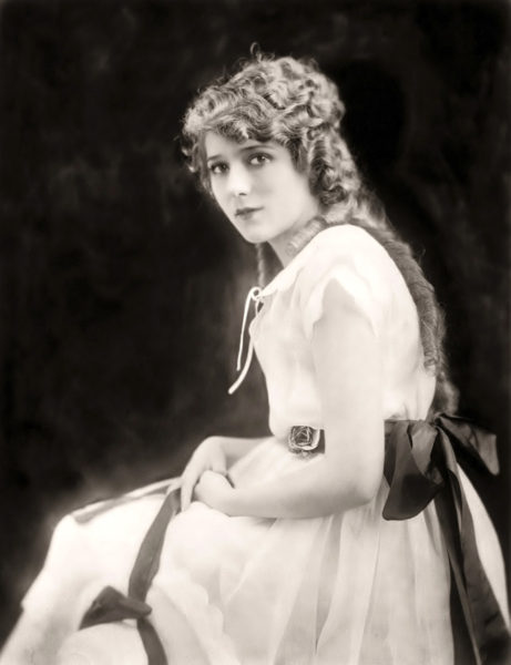 Mary Pickford (forrás: doctormacro.com)