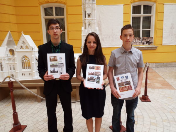 Vigh Kornél, Ignéczi Dóra, Simon Dániel díjazottak (Fotó: Szombathelyi Szépítő Egyesület)